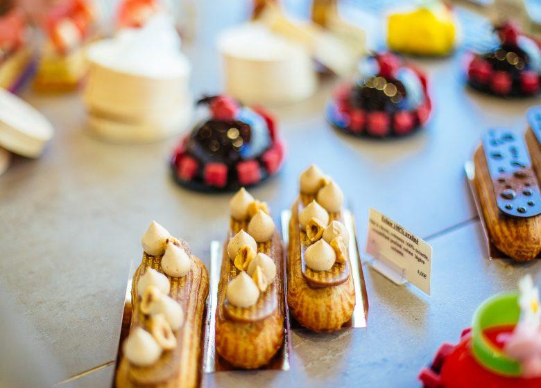 54368-Alban-Guilmet-patissier-chocolatier-Caen-la-mer-Tourisme—Les-Conteurs–Droits-reserves-Office-de-Tourisme—des-Congres–1200px