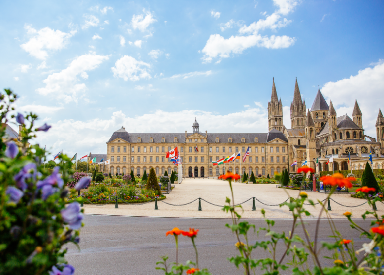 54529-Abbaye_aux_Hommes-Caen_la_mer_Tourisme___Les_Conteurs_(Droits_reserves_Office_de_Tourisme___des_Congres)