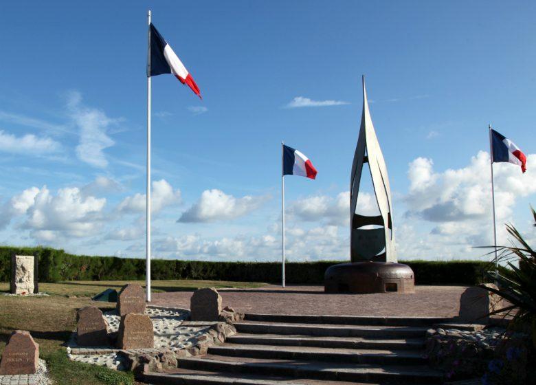 Ouistreham-Monument-Francais-Libres-Caen-la-mer-Tourisme-Gregory-WAIT