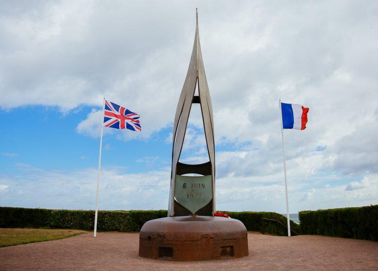 Ouistreham-Monument-Francais-Libres-Caen-la-mer-Tourisme-Les-Conteurs–Droits-reserves-Office-de-Tourisme—des-Congres-