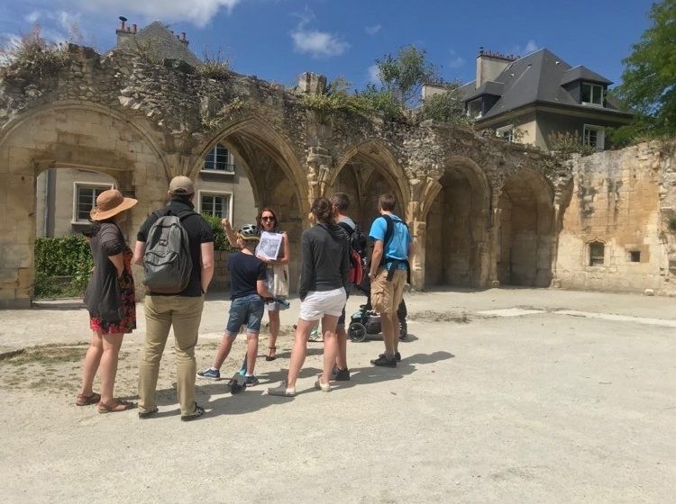Visite guidée Vassiliki groupe St Gilles