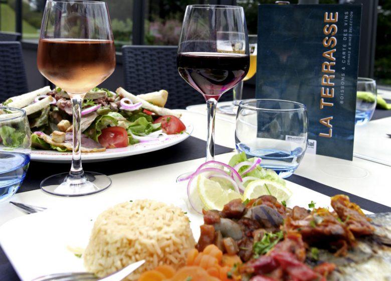 la-terrasse-memorial-plats